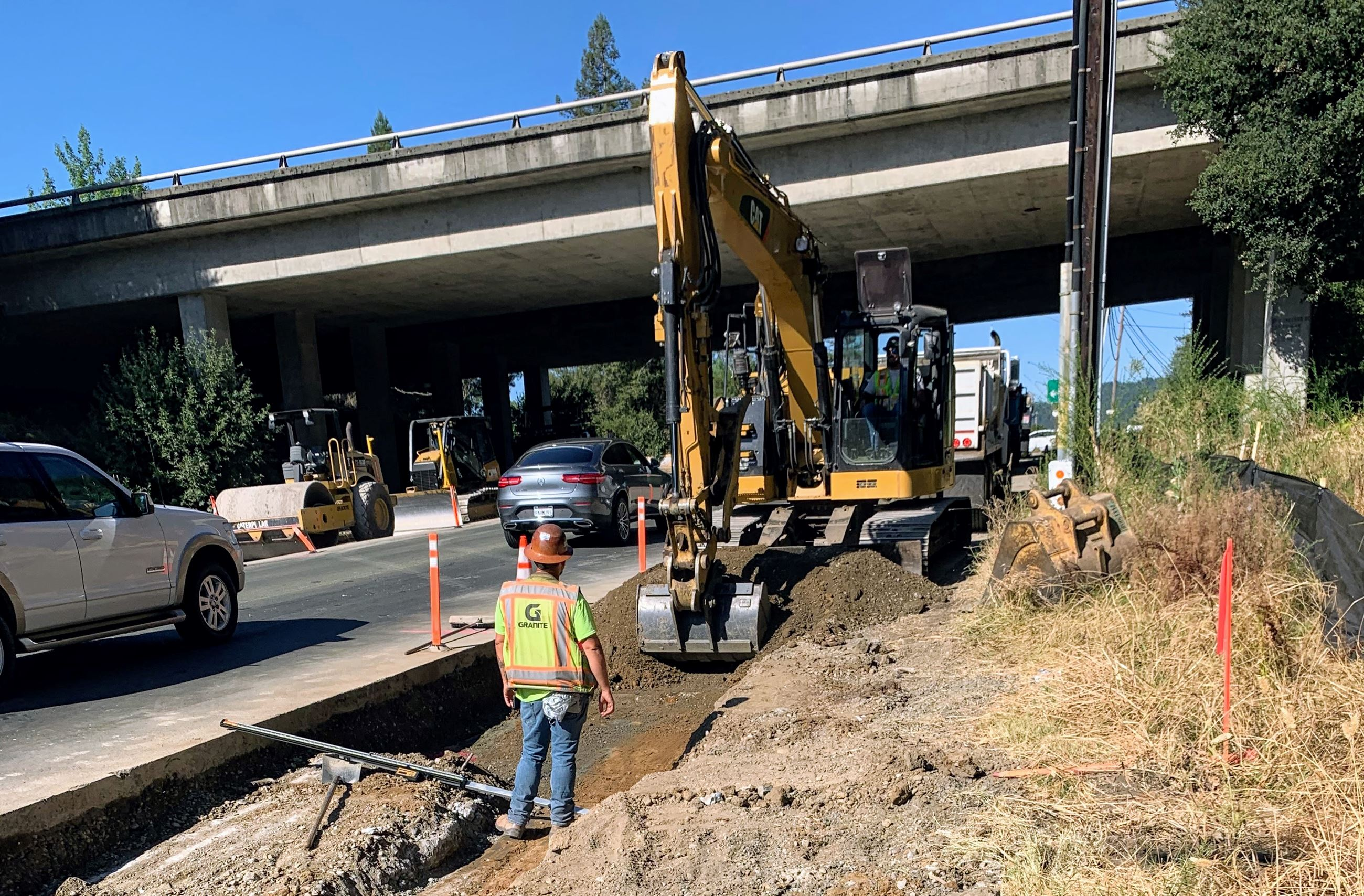 Construction work at Dry Creek Road  and U.S. 101 intersection